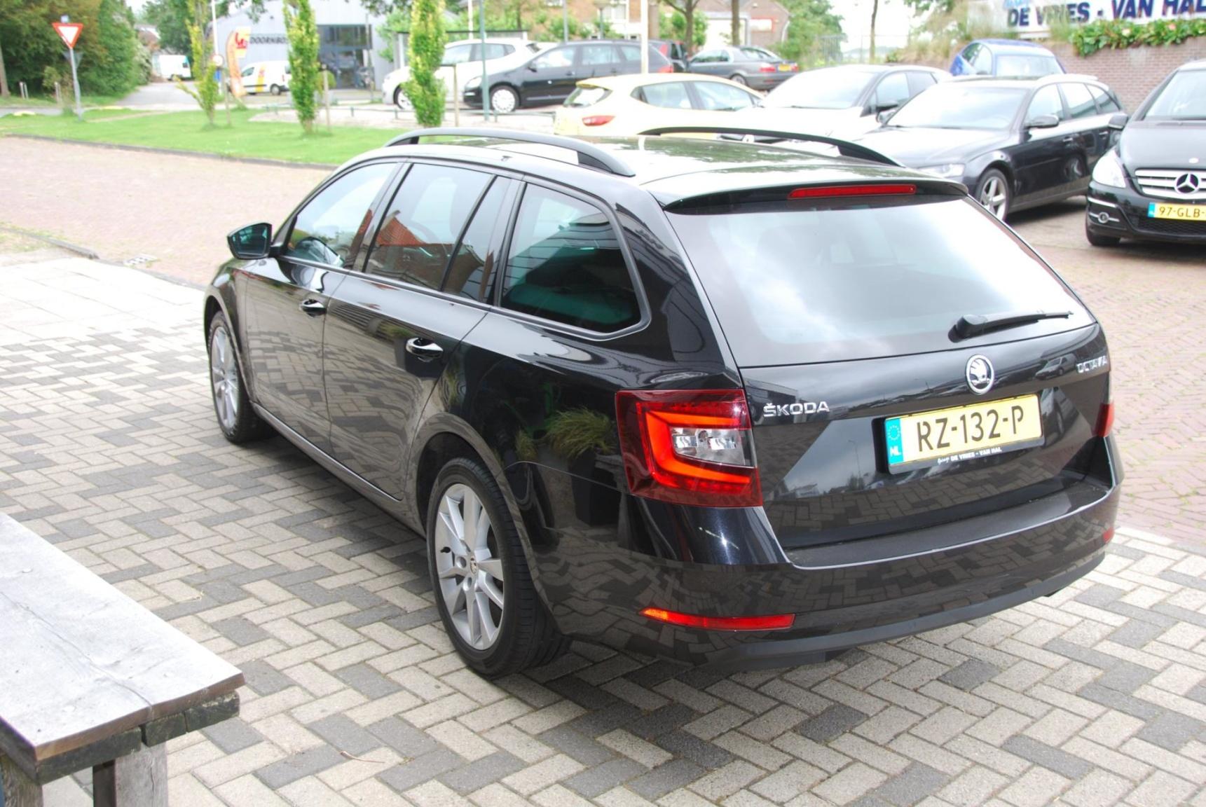 Škoda-Octavia-5